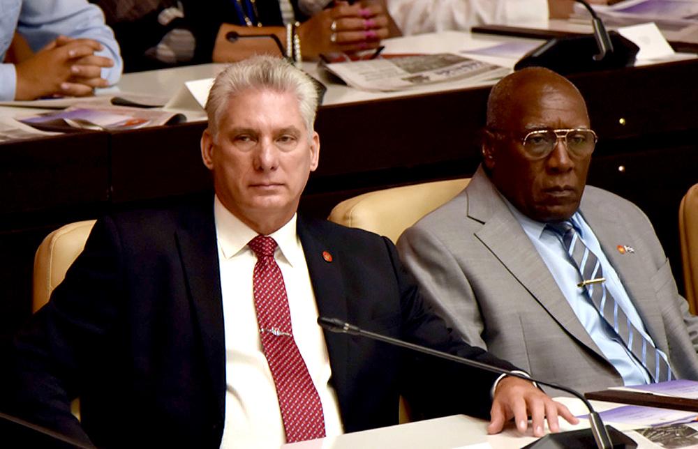 Sudáfrica pagó a Cuba más de 800 millones de dólares por asistencia técnica militar